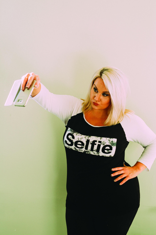Stop Drop & Selfie – The Perfect Selfie