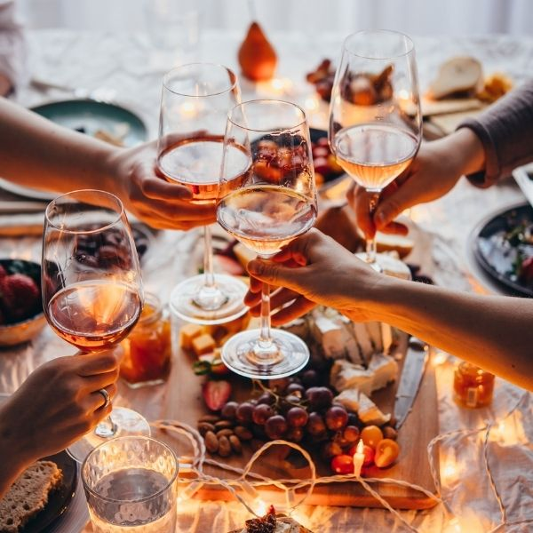 Throwing a Party? Here's How To Make It Memorable